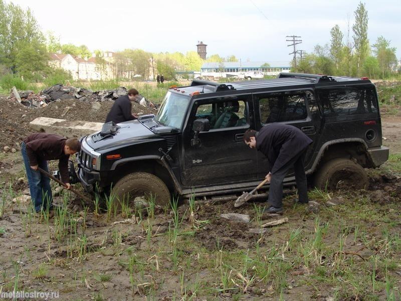 Hummer застрял в Москве